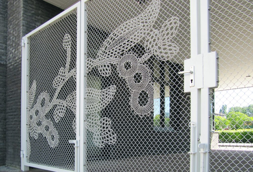 Gelmo-Lace-Fence